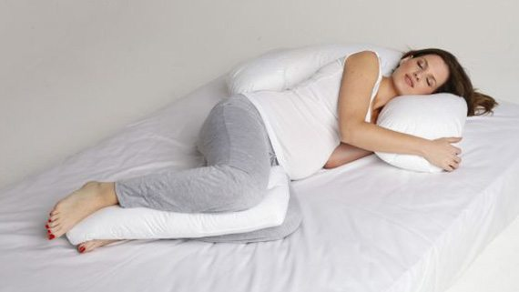 คนท้องควรนอนท่าไหน