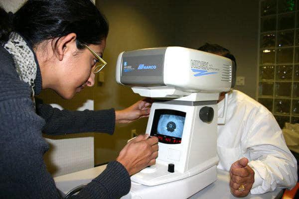 การวัดสายตาด้วยเครื่องอัตโนมัติ